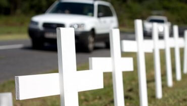 Image of Report Shows Traffic Deaths on the Rise Nationally