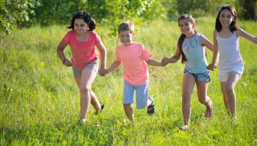 Image of 4 Health Tips for Kids Heading to Camp this Summer