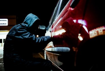 Image of a Why Identity and Car Theft Are So Often Linked