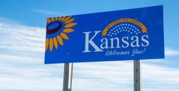 Image of a Kansas Car Insurance Requirements and Coverage