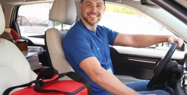 Image of a Car Insurance for delivery drivers: What you need to know