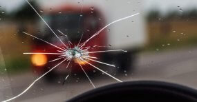 Image of Cracked Windshield? Here's What You Can Do
