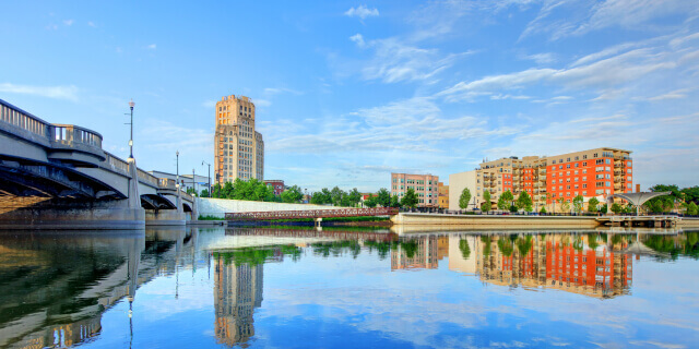Elgin, Illinois river and buildings