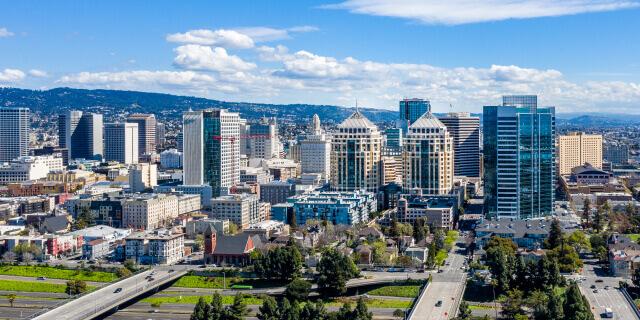 Panoramic view of Oakland skyline