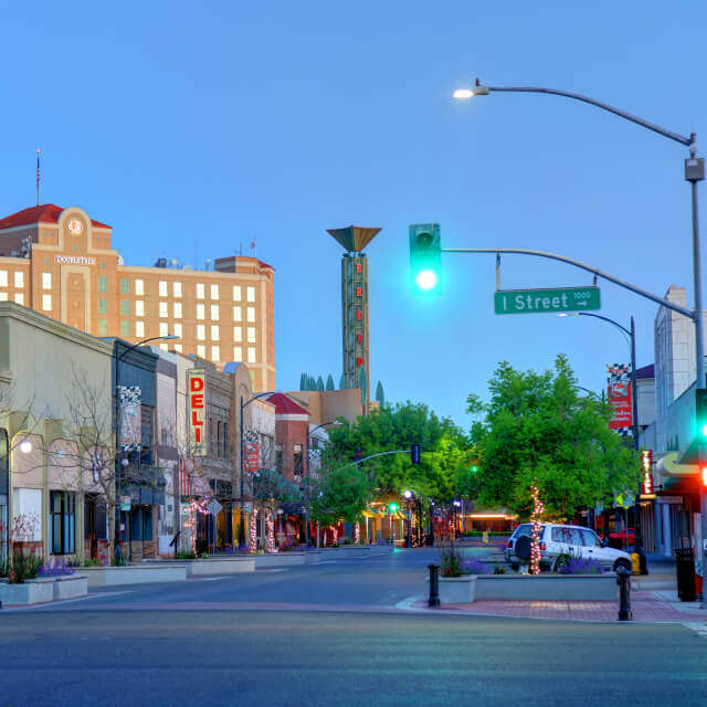 Morning view of shops and restaurants along 10th street in modesto california